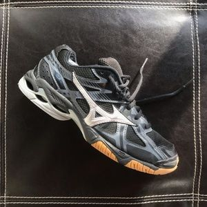 Mizuno wave bolt 4 volleyball shoes